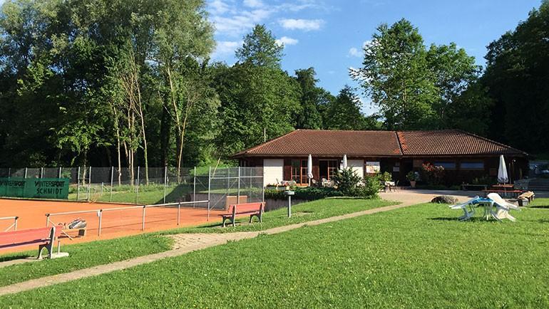Tenniscamp für Flüchtlingskinder